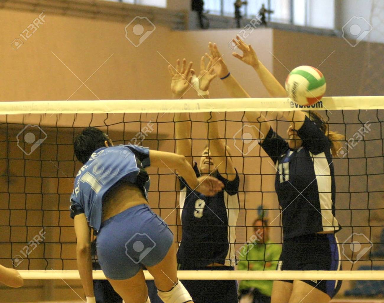 2005/02/22 - Granada - España - partido de Voleibol femenino entre Granada y Lugo Foto de archivo - 8894336