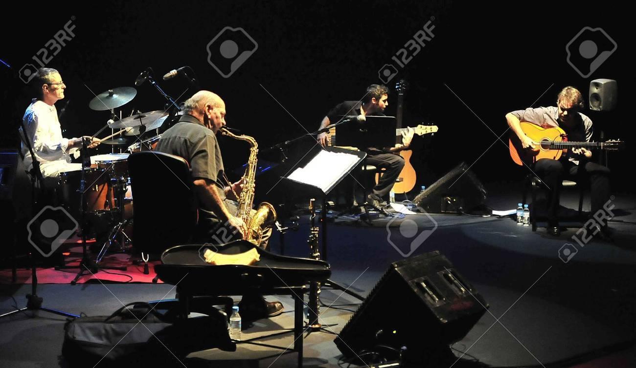 Dave Liebman y Dani Morón, en el Festival de Jazz de Granada. 12/11/2011 Foto de archivo - 11302027