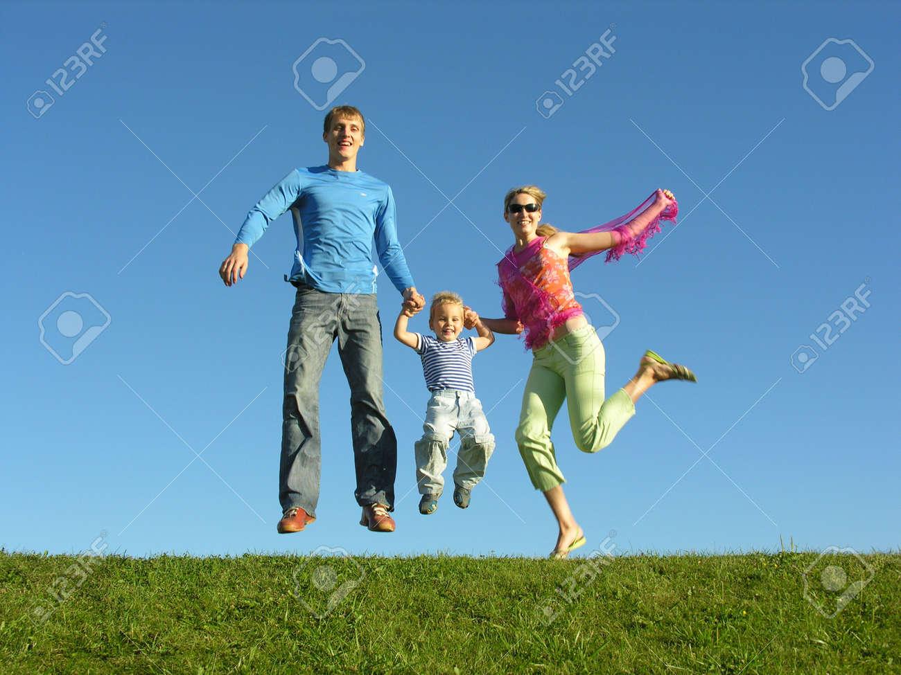 fly happy family on blue sky Stock Photo - 248995