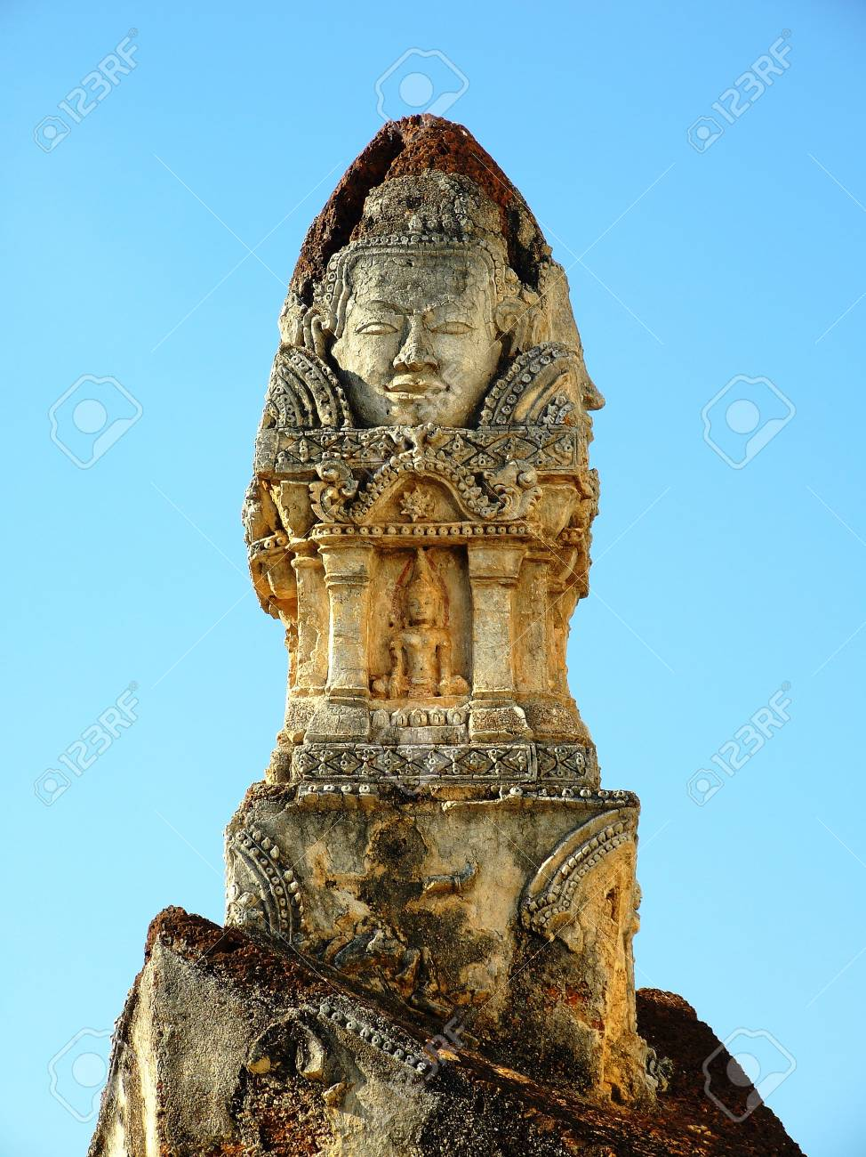 sukhothai architecture , thailand Stock Photo - 10588197
