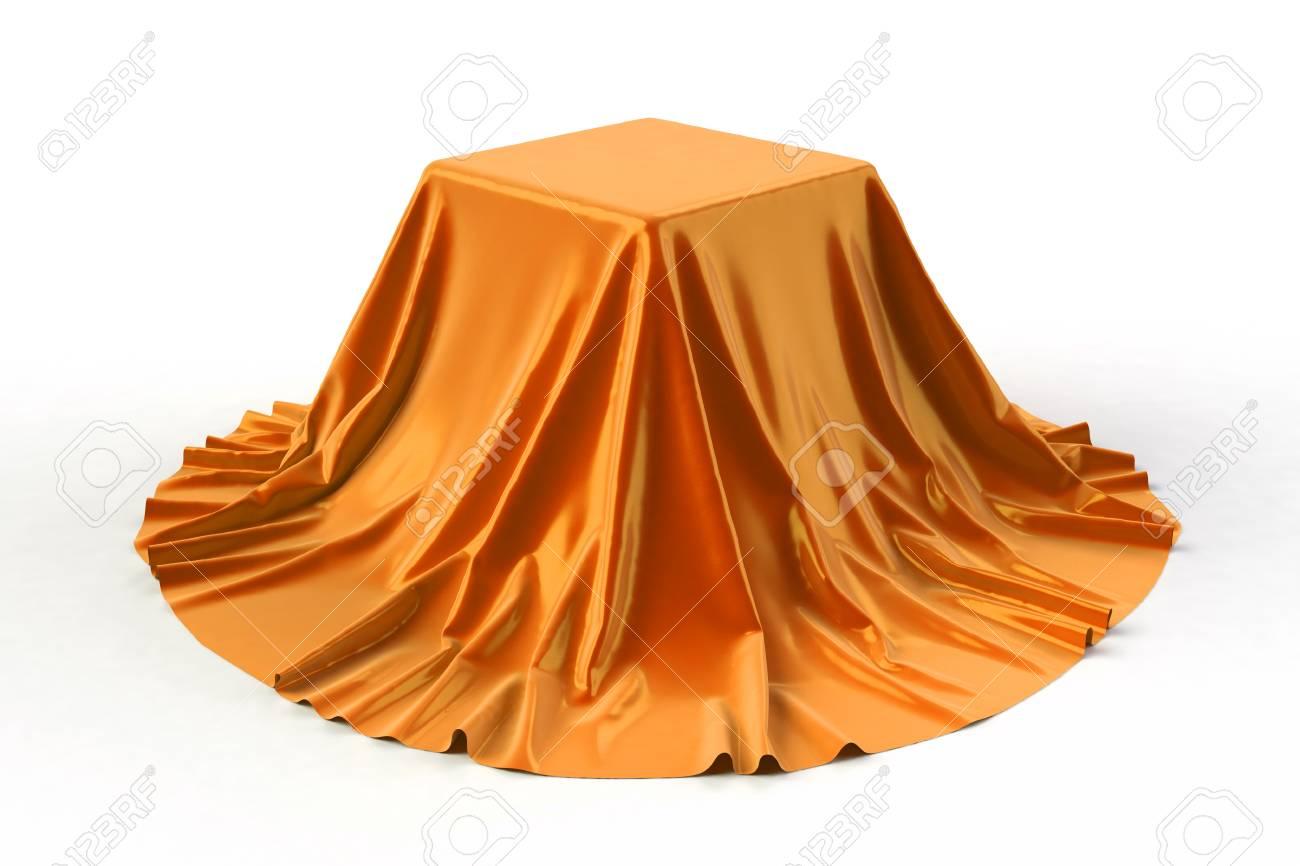 Uitgelezene Doos Bedekt Met Oranje Stof. Geïsoleerd Op Witte Achtergrond QX-31
