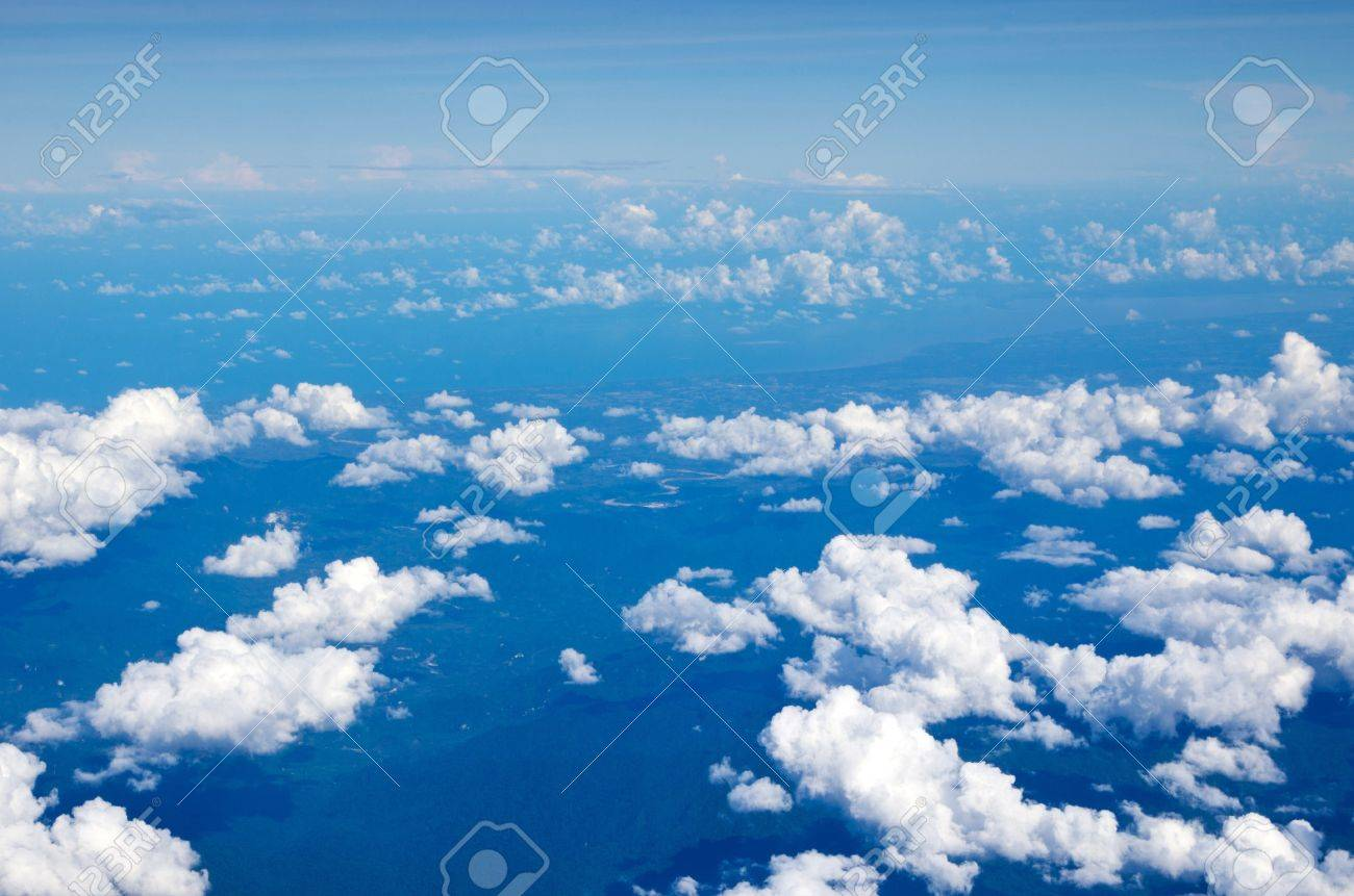 Aerial sky and clouds background Stock Photo - 15095077