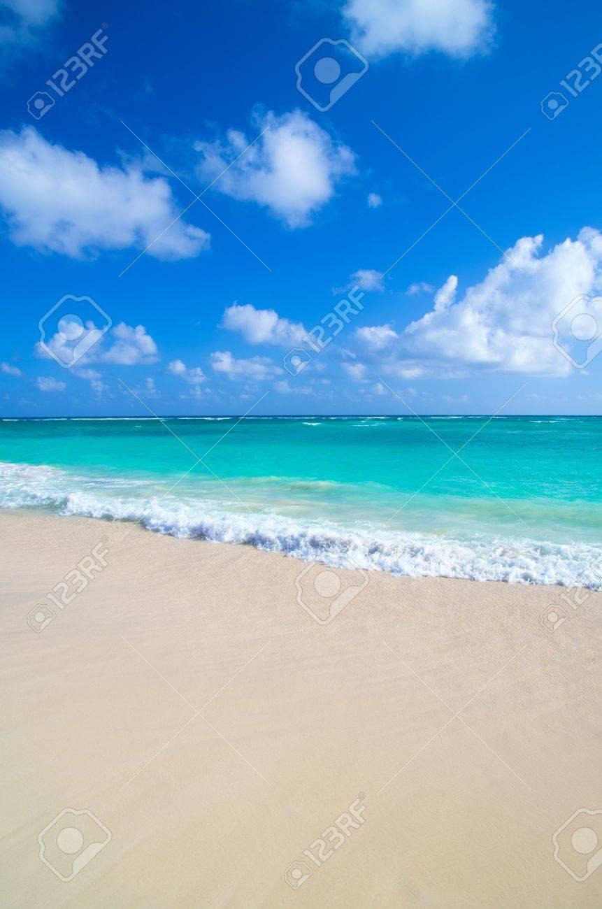 tropical sea under the blue sky Stock Photo - 18787208