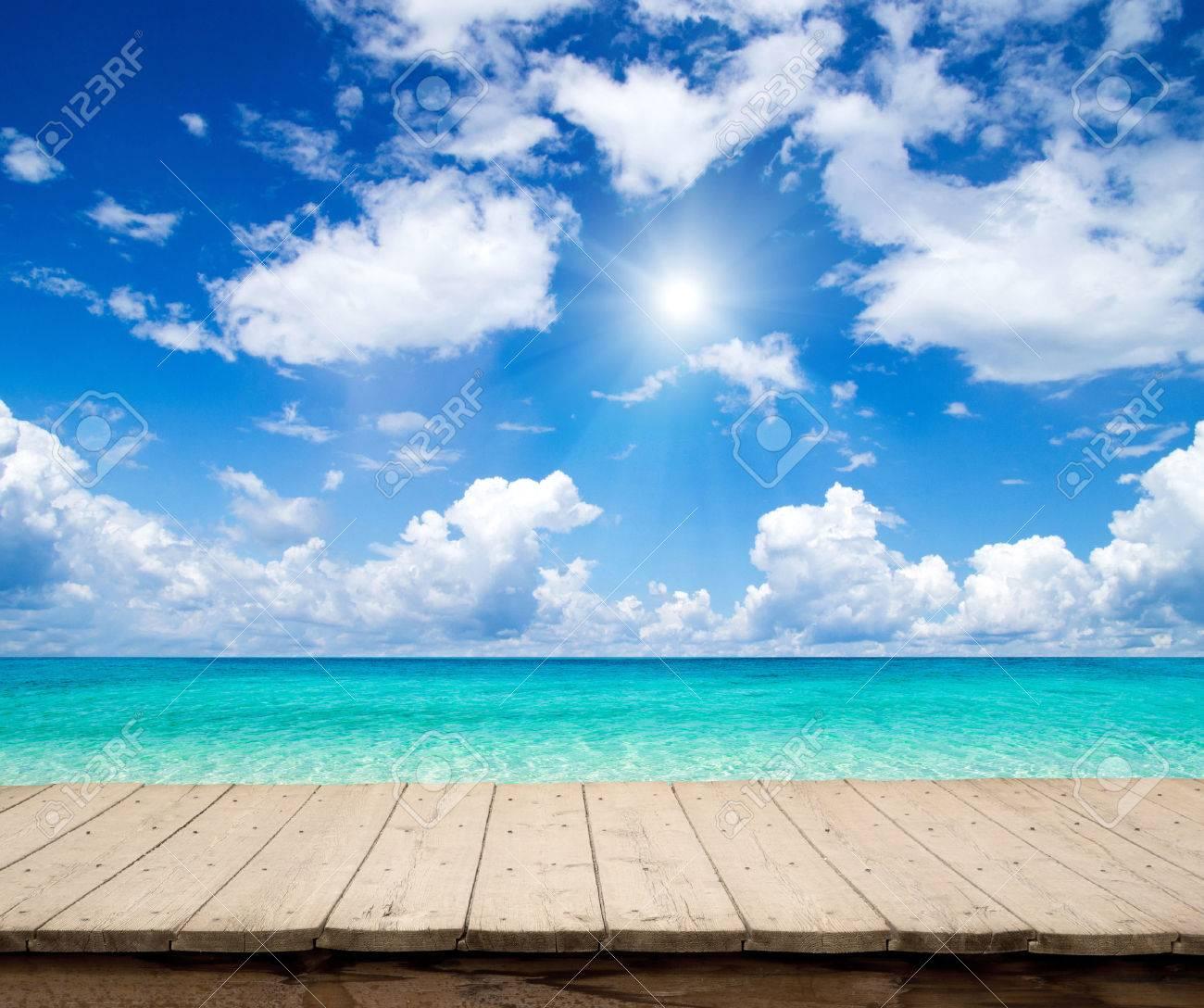 beautiful beach and tropical sea - 40695487