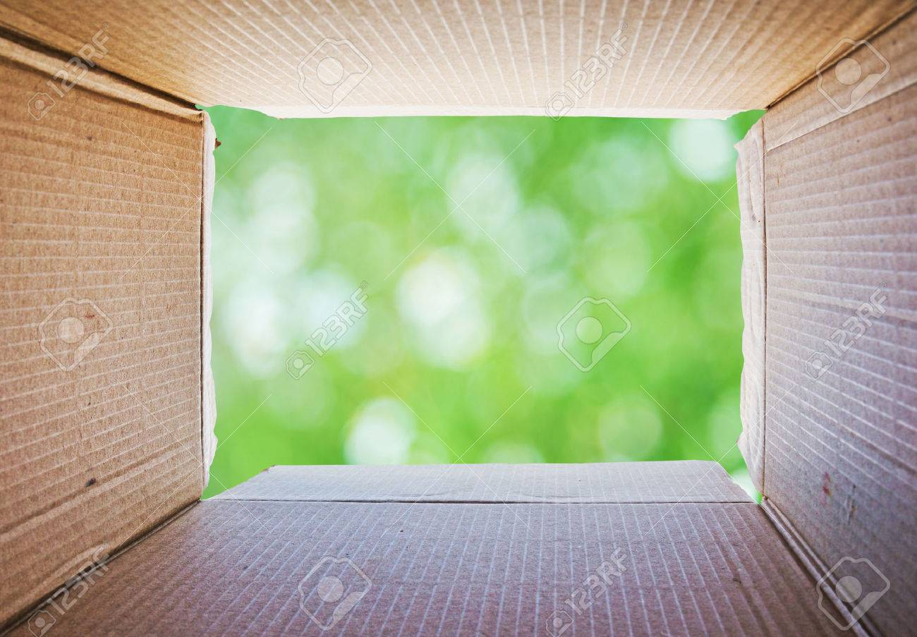 Thinking outside the box Concept Stock Photo - 32768180