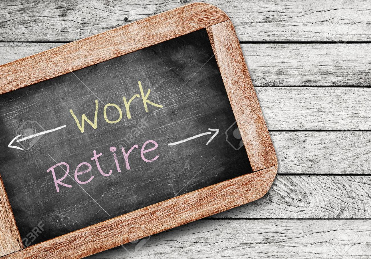 Work or Retire,the decision an aging worker must make between staying in the workforce or entering retirement Stock Photo - 33009132