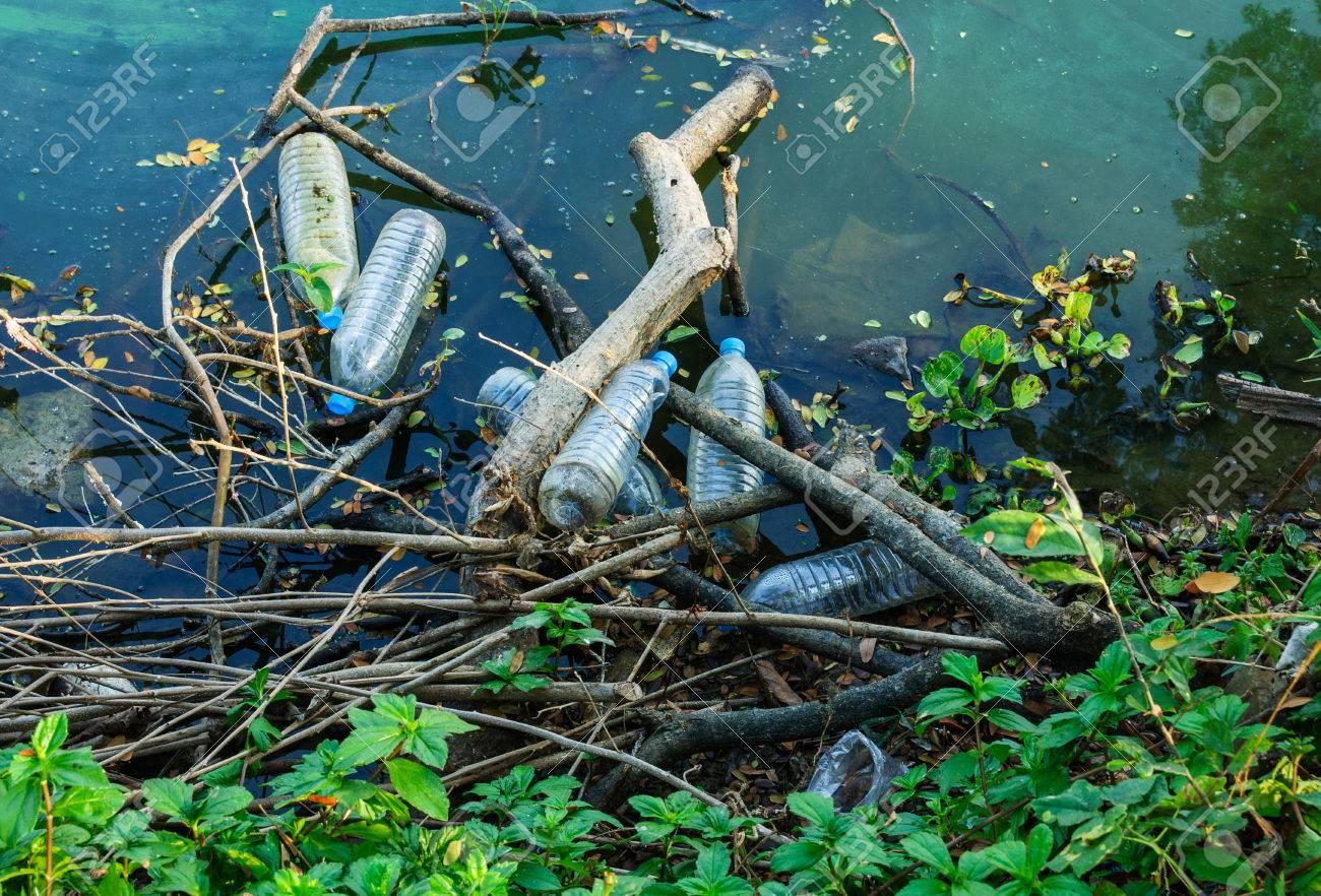 Water pollution, empty plastic bottles. Stock Photo - 37999781