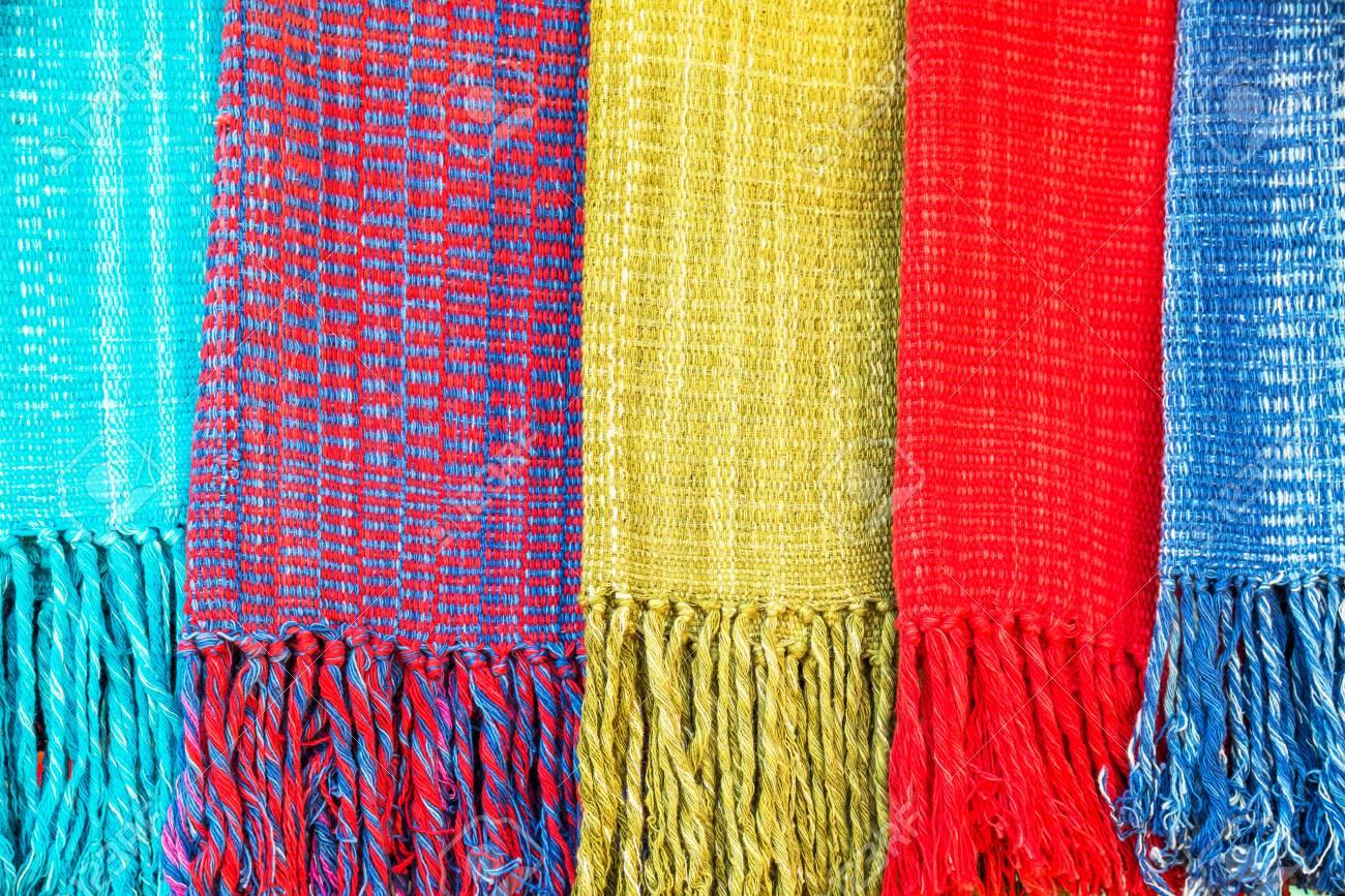 Banque d images - Gros plan de la texture de l écharpe tissée à la main 6de815e33a4