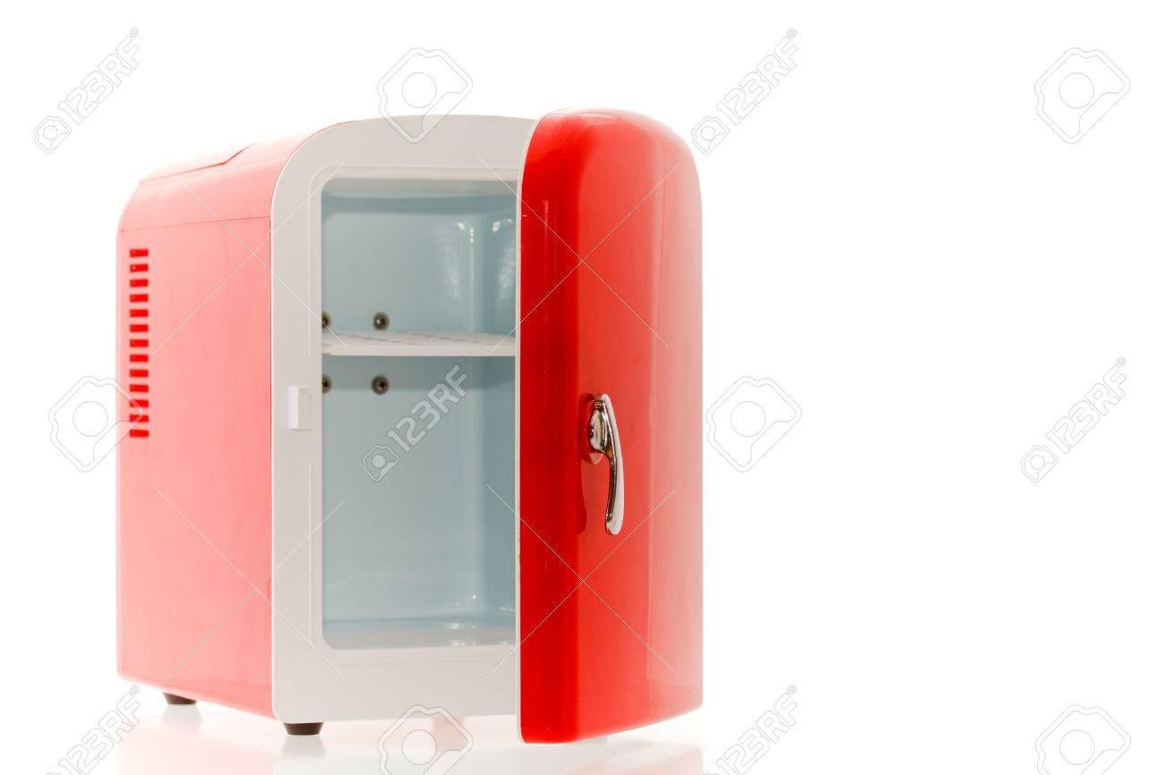 Glänzend Hell-rot-Miniatur-Kühlschrank Lizenzfreie Fotos, Bilder Und ...