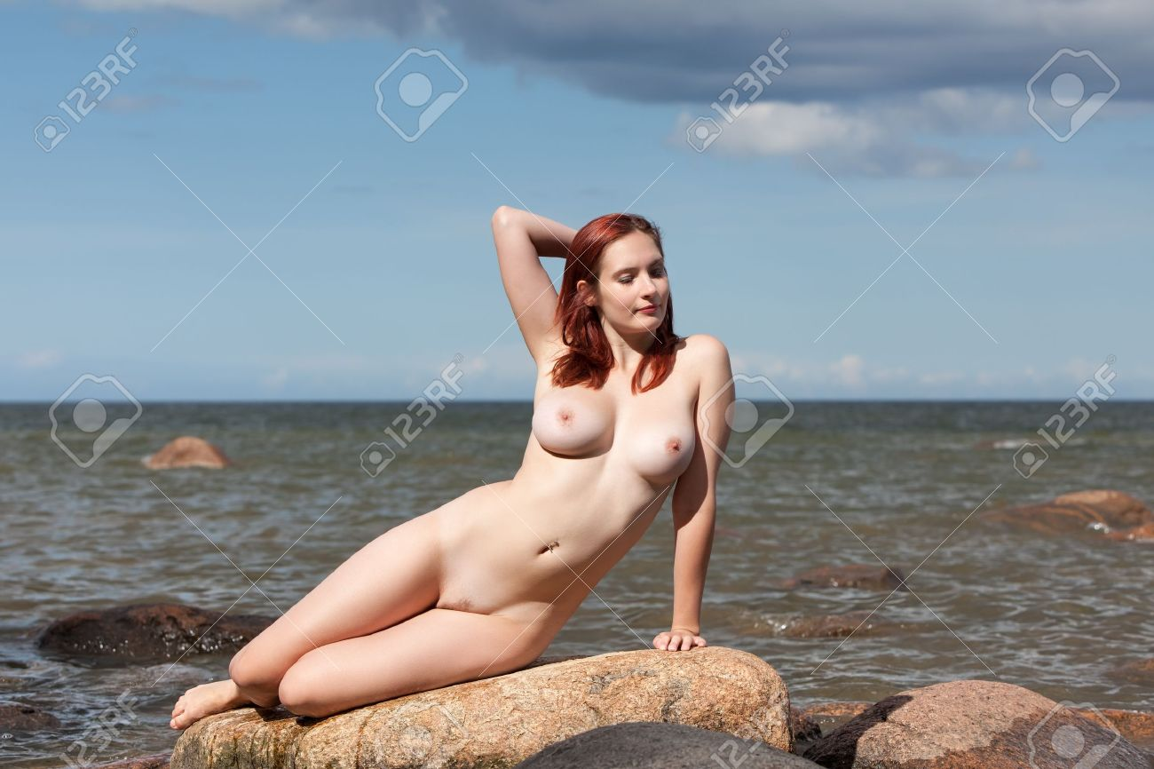 Gif Pornnude Nude Women In The Sea