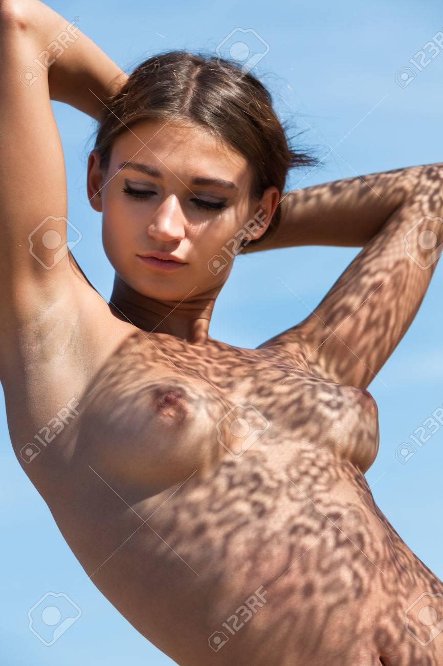Spitze brüste nackt