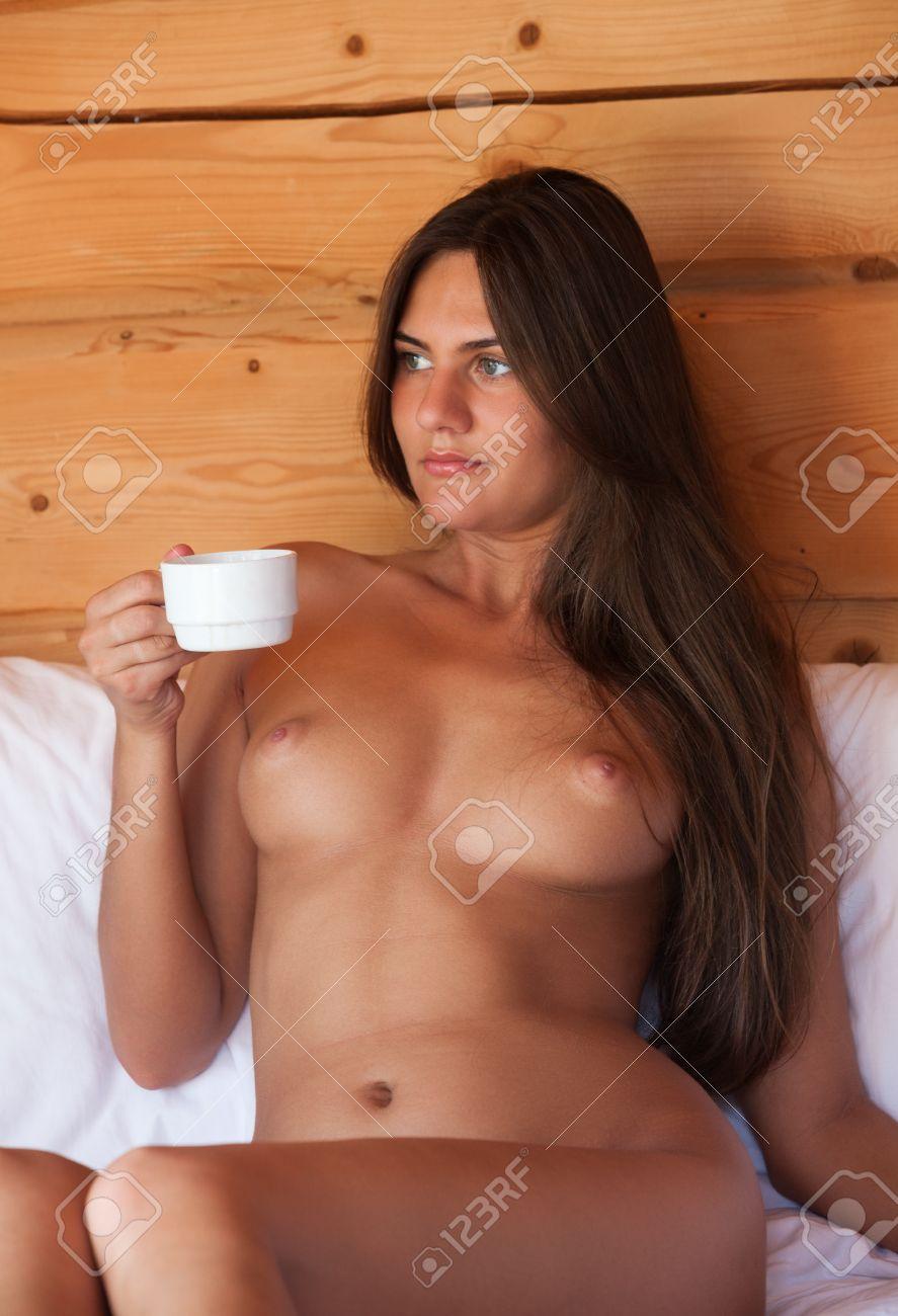 camping-nude-free-pics