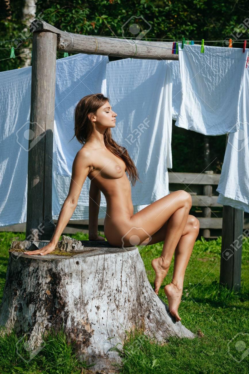 Jennifer tilly full frontal nude