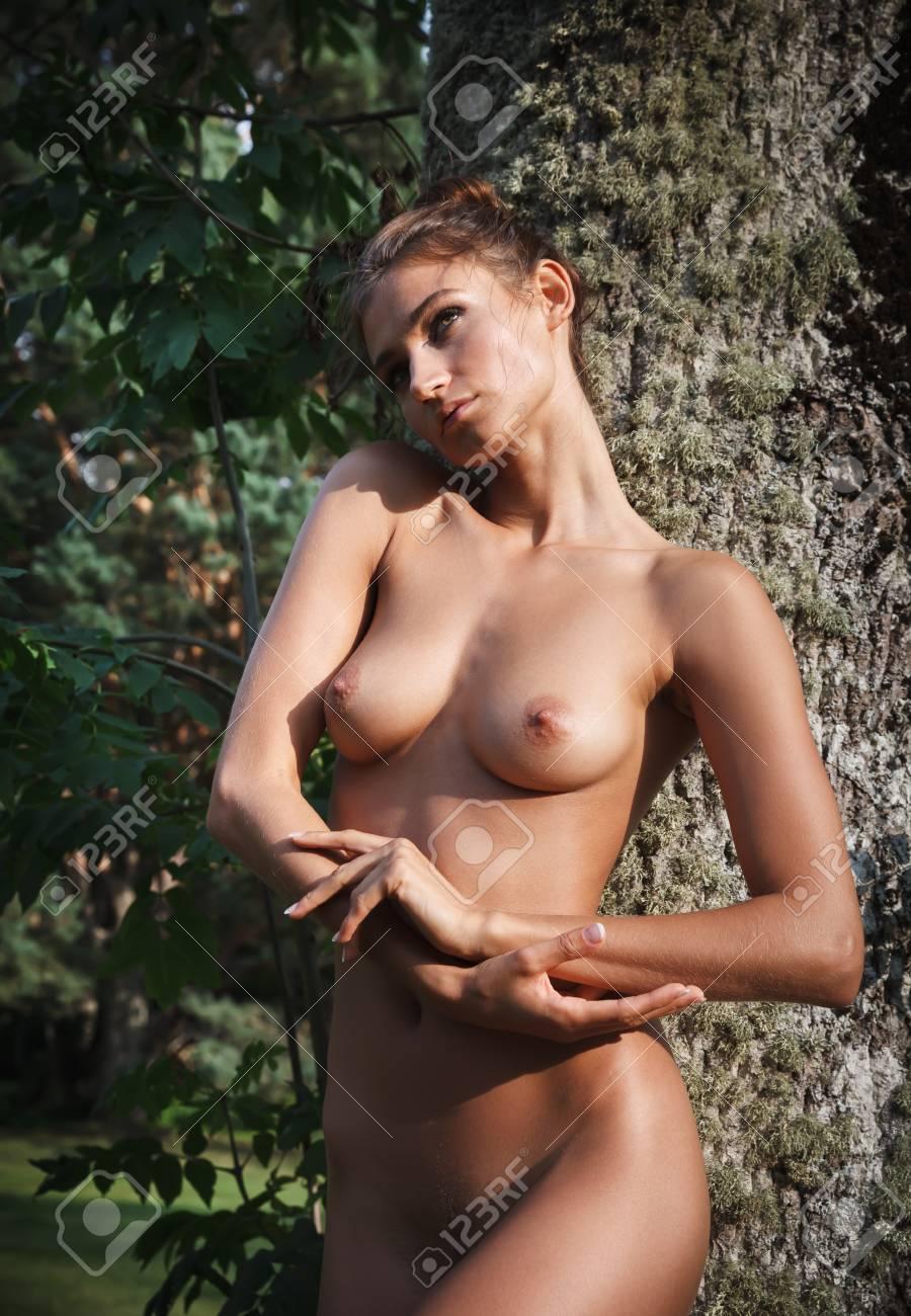 nackt madchen dusche im freien
