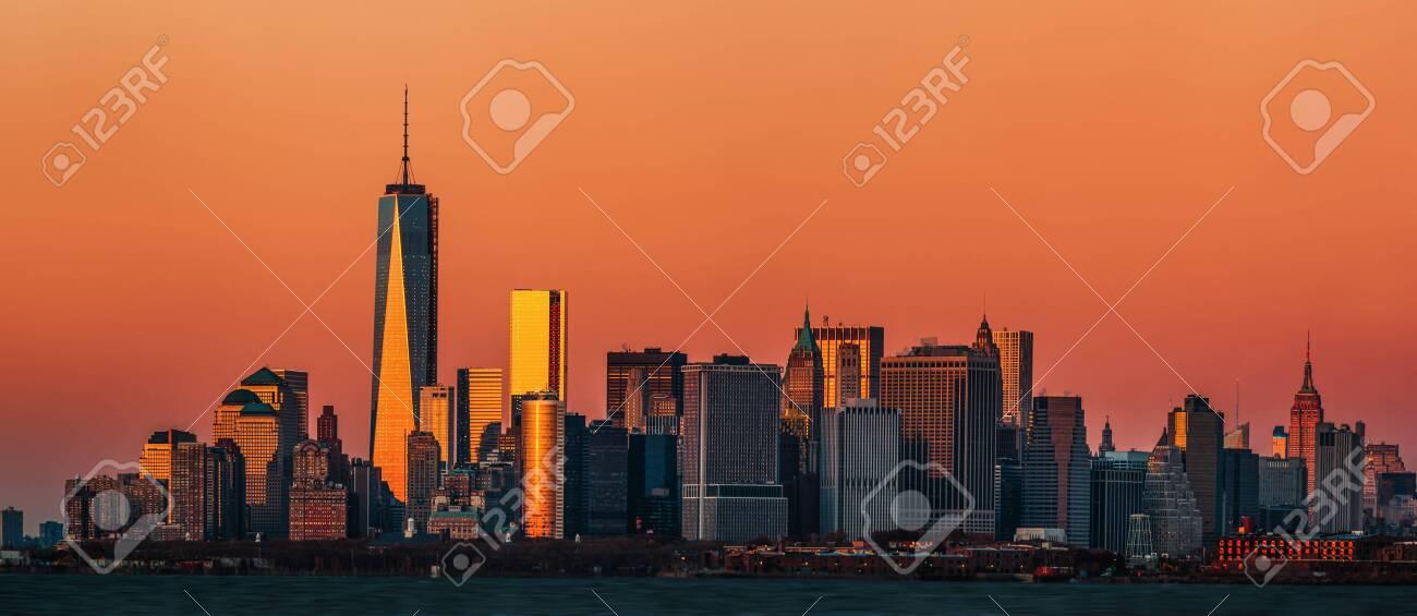 New York City. Manhattan skyline panorama at sunset - 141990418