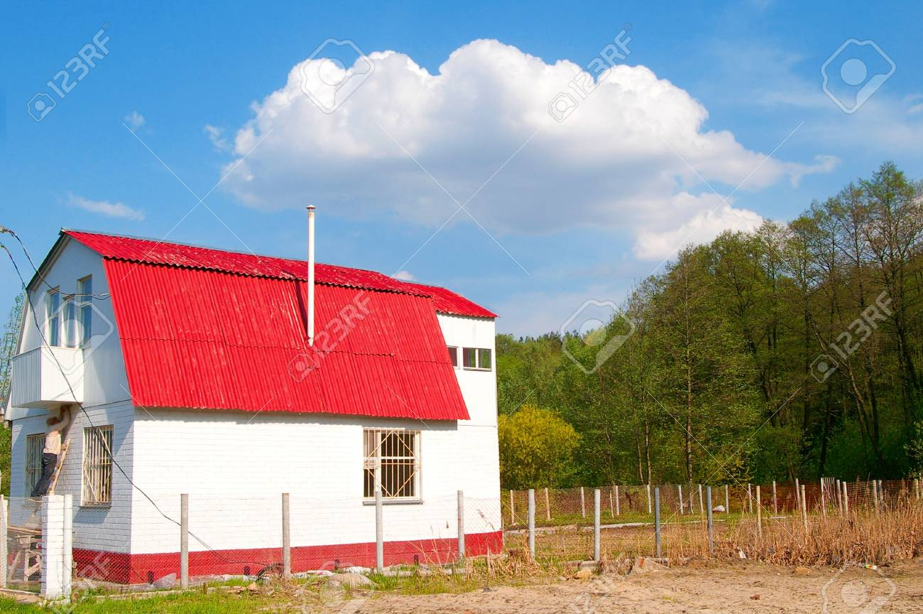 Summer cottage on the sunny day under a cloud Stock Photo - 890760
