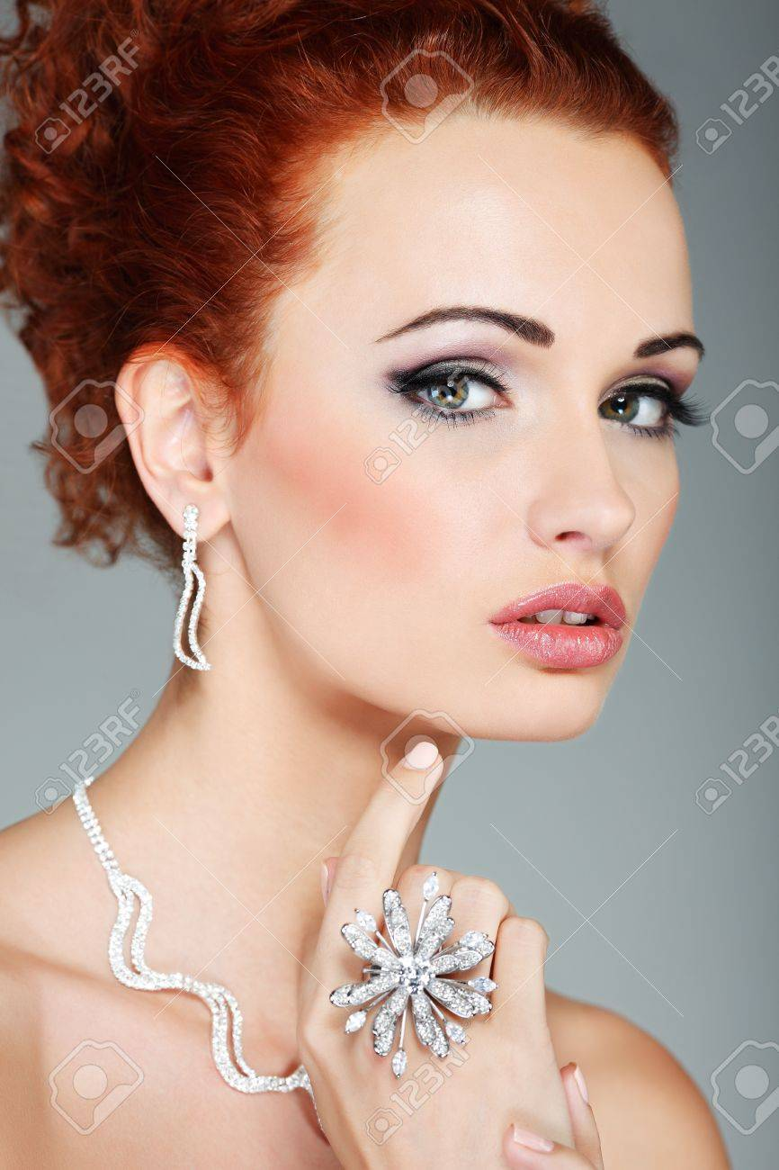 Fashion girl portrait.Accessorys. Stock Photo - 17501628