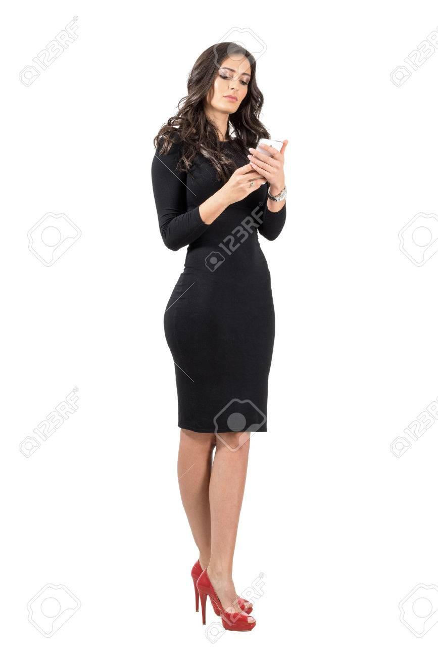 Vestido negro elegante para mujer