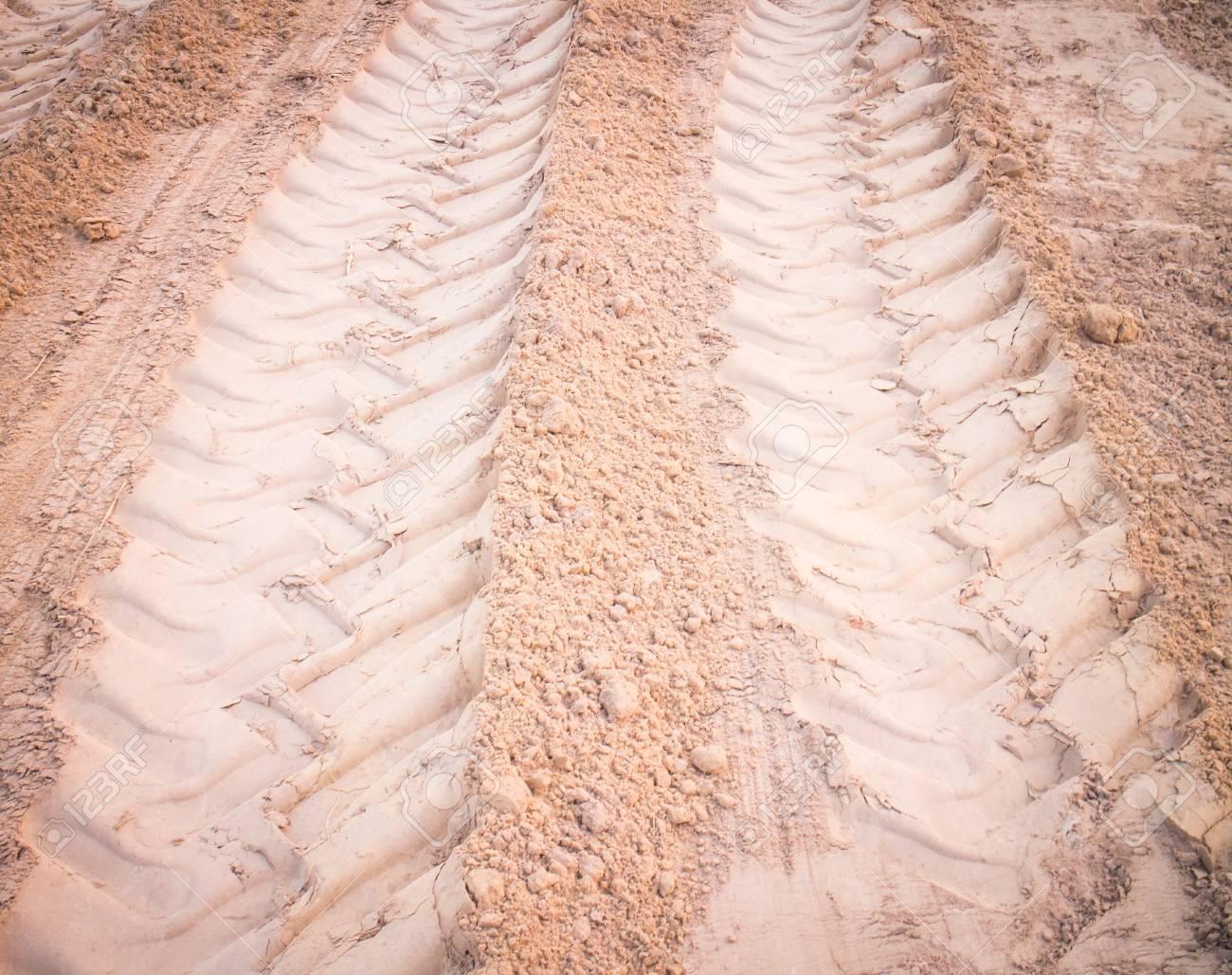 wheel tracks on dirt Stock Photo - 21611411