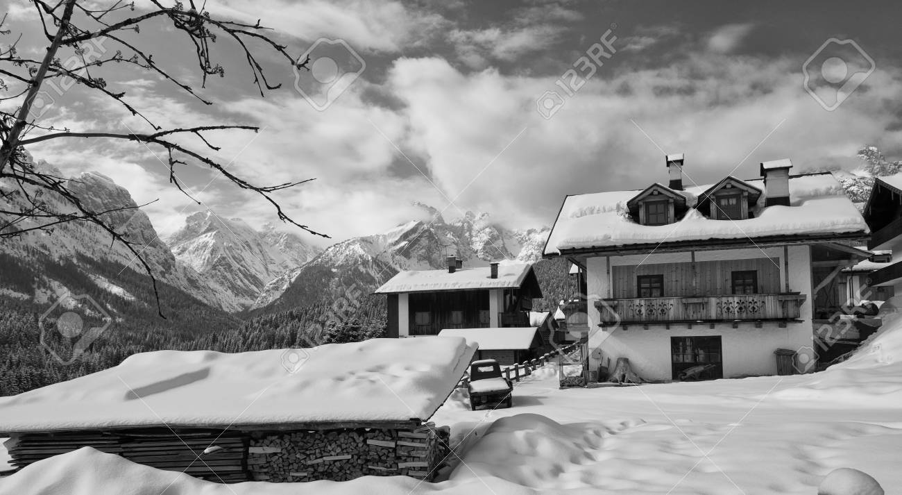 Snowy Landscape of Dolomites in Italy Stock Photo - 12178282