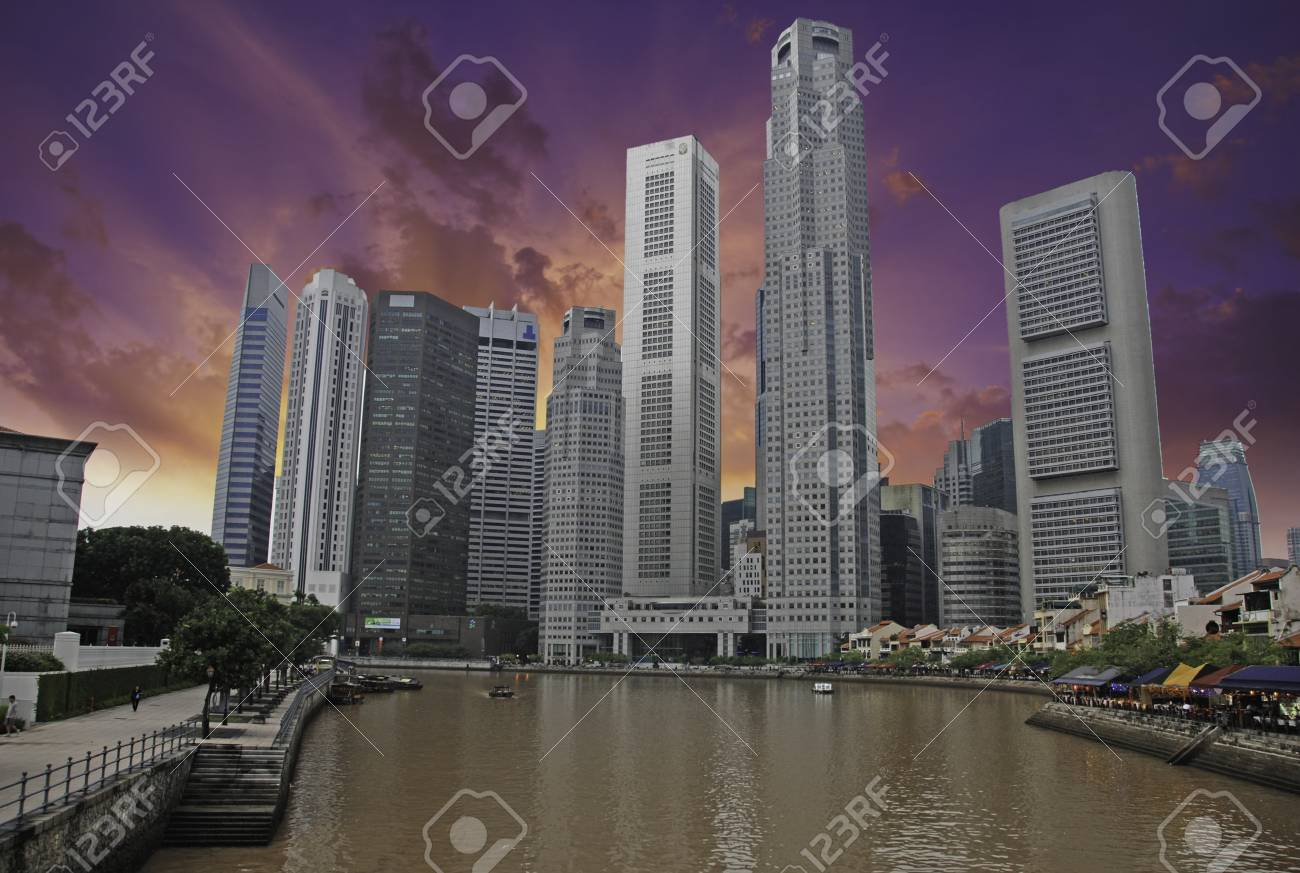 Sky Colors over Singapore, Asia Stock Photo - 12169709