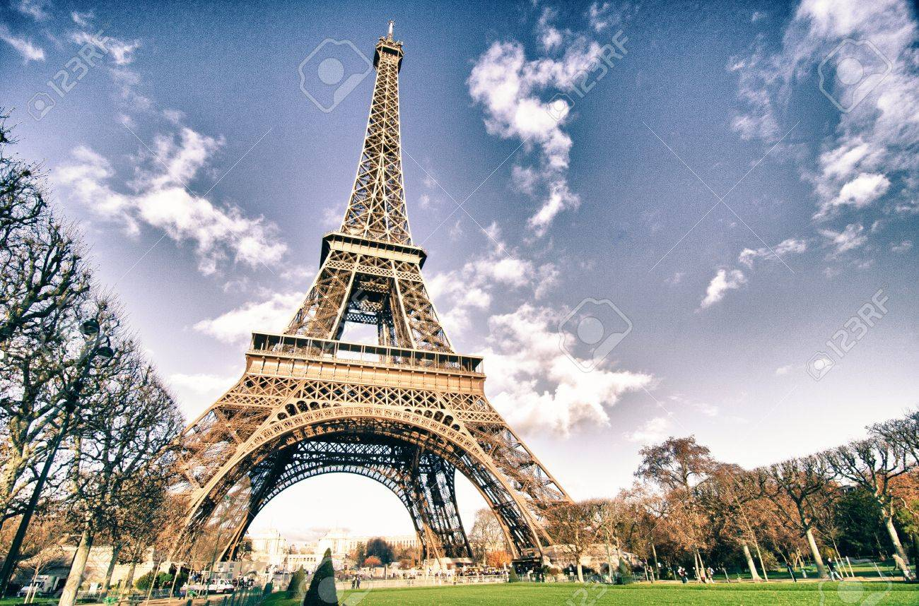Colors of Eiffel Tower in Winter, Paris Stock Photo - 12899653