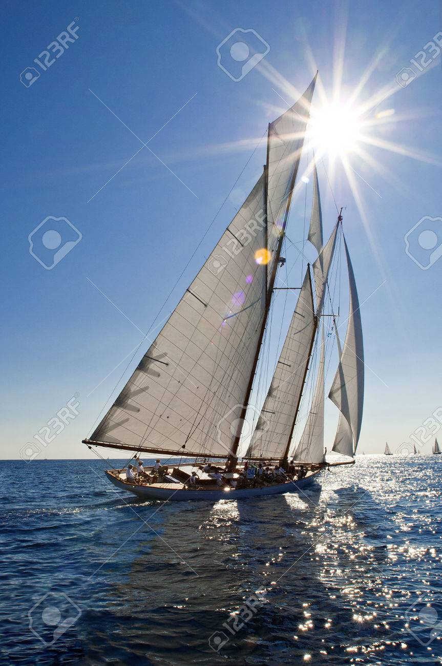 Imperia Italie 10 Au 14 Sept Ancien Bateau A Voile Lors D Une Regate A La Panerai Classic Yachts Challenge Sur 10 Au 14 Septembre 2014 Imperia En Italie Banque D Images Et