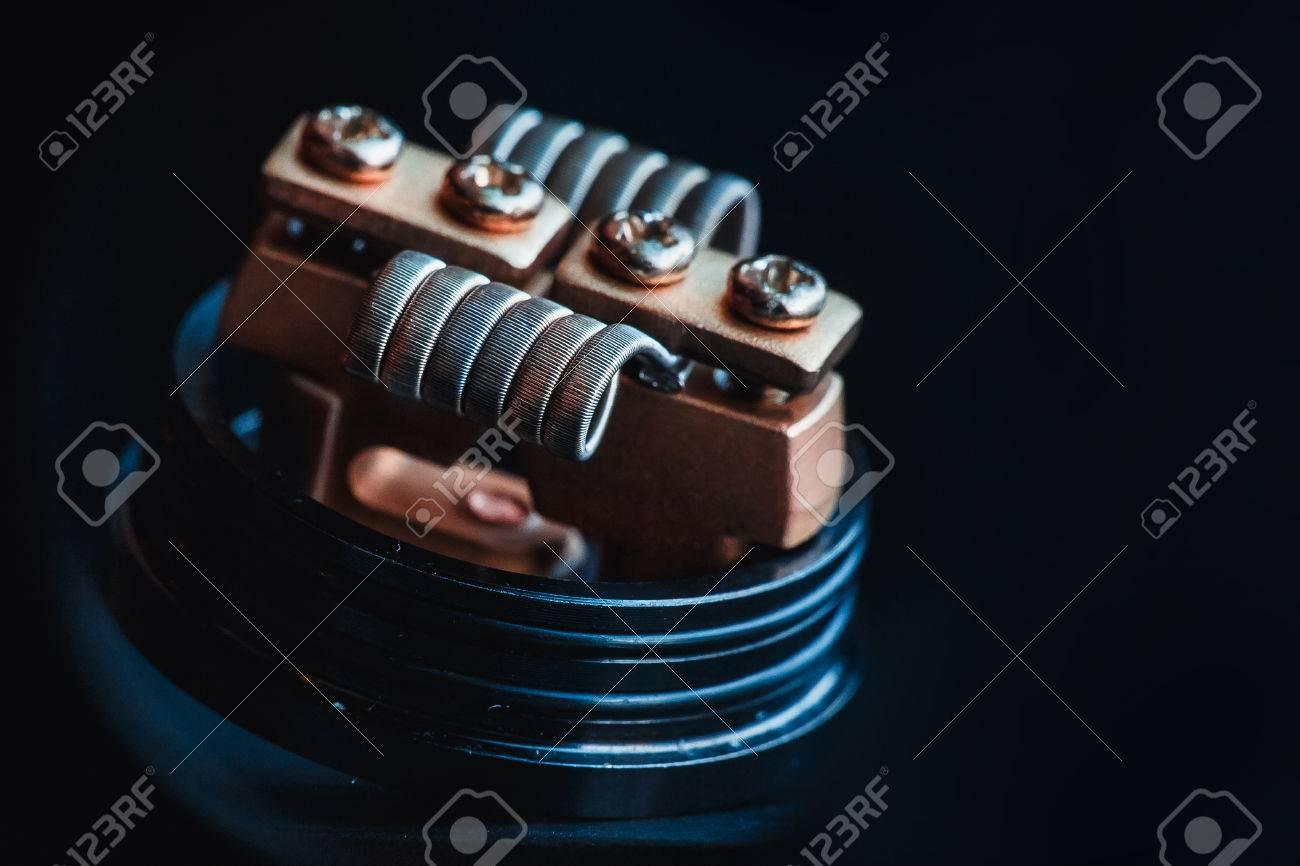 Wicklung Close-up Für Elektronische Zigaretten Aus Nichrome, Fecral ...