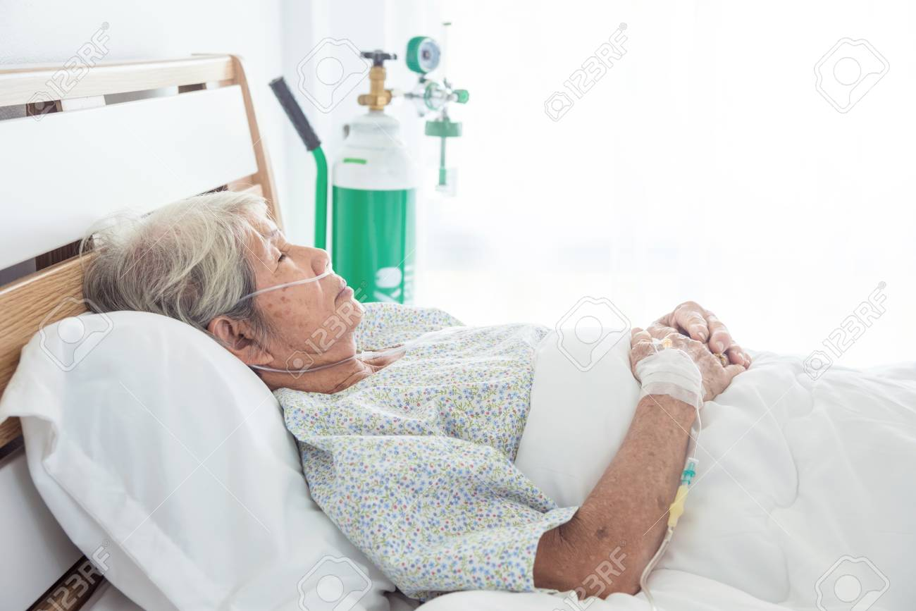 Asian senior female patient sleeping on bed in hospital - 102624017