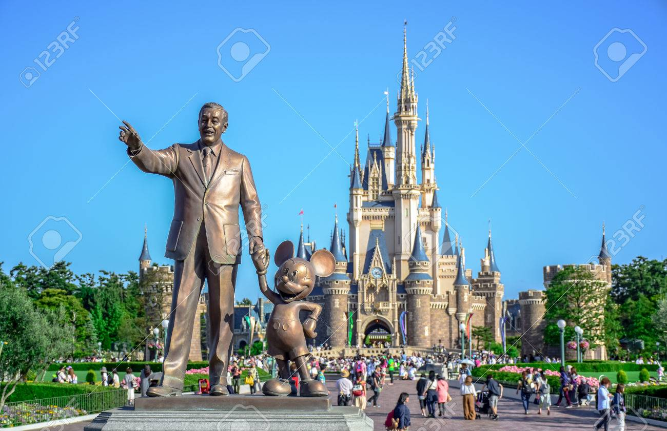 Chiba Japan Walt Disney Statue With View Of Cinderella Castle