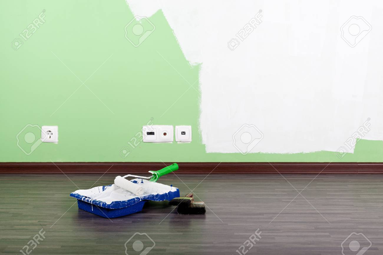 Paint roller and brushes Stock Photo - 14048734