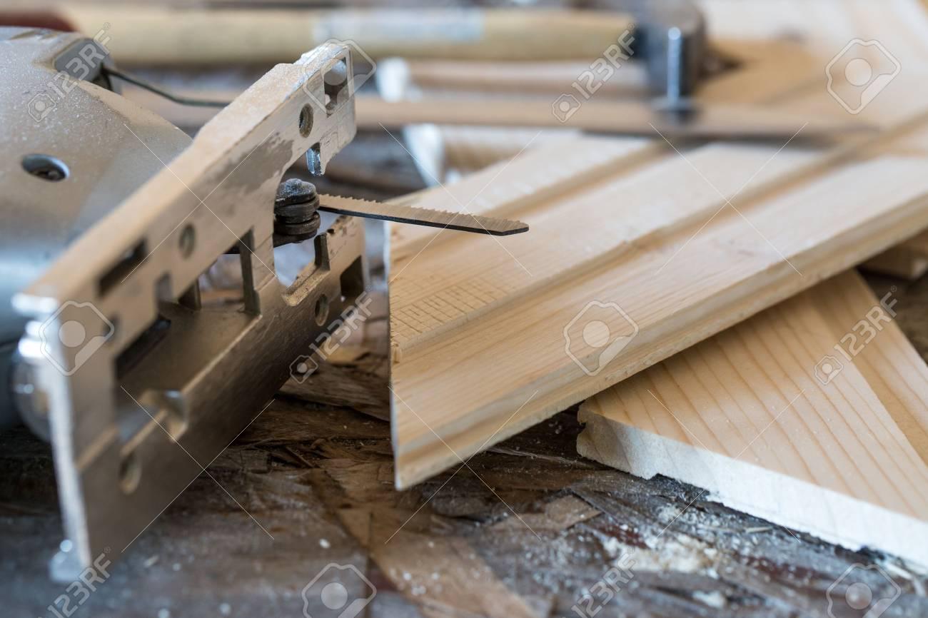 Laubsäge Hammer Messer Und Nut Und Federbretter An Ort Und Stelle