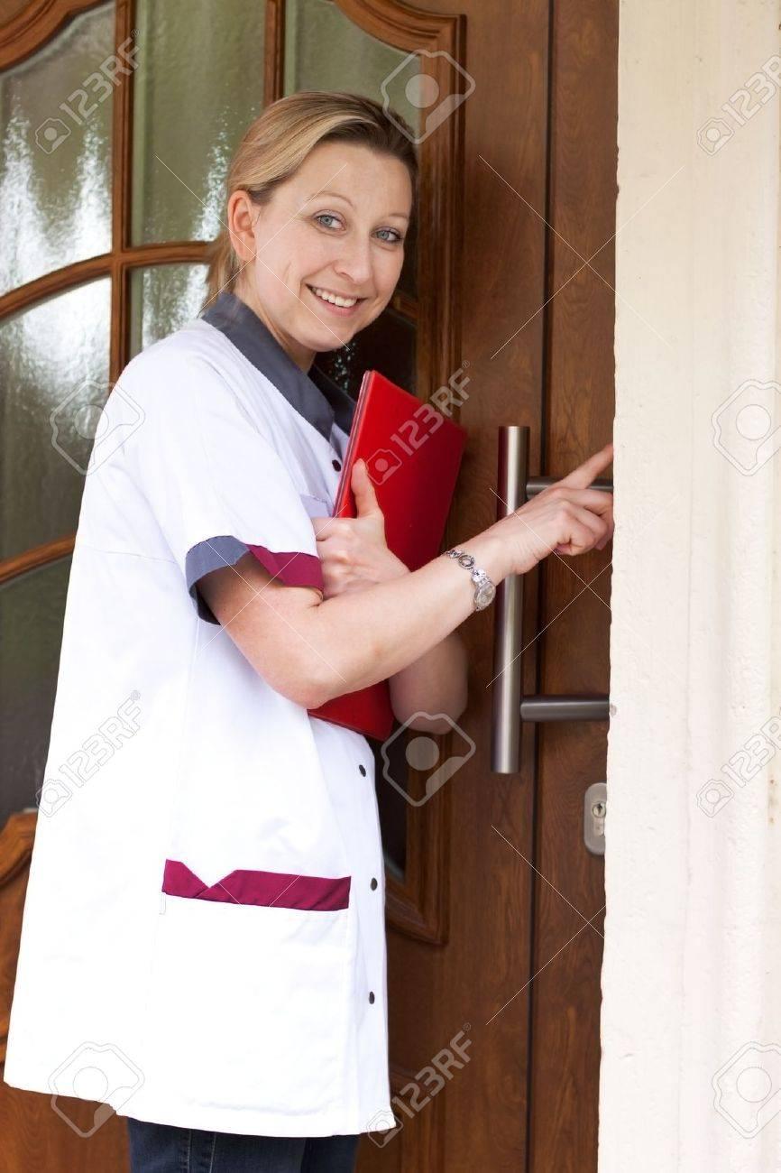 Смотреть онлайн медсёстра по вызову 28 фотография