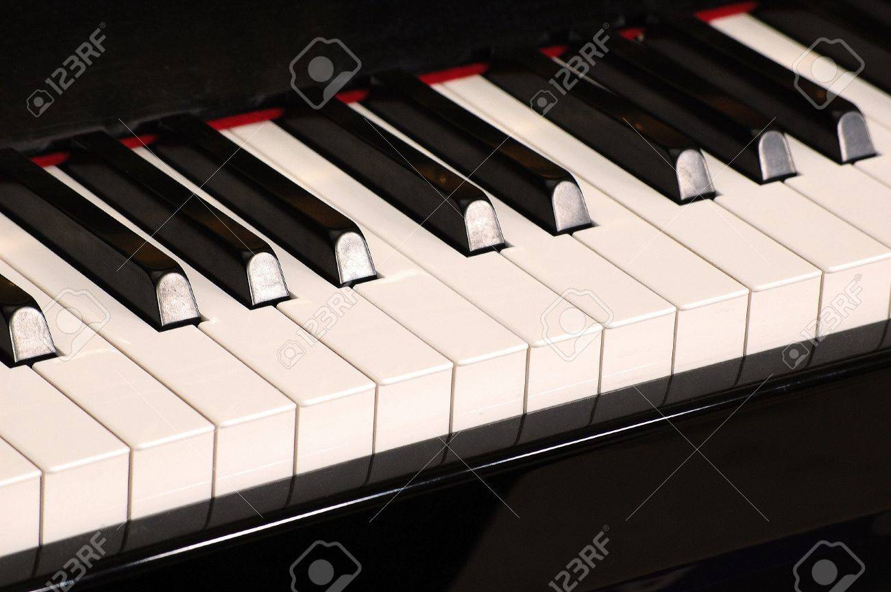 Piano-keyboard Standard-Bild - 5555501