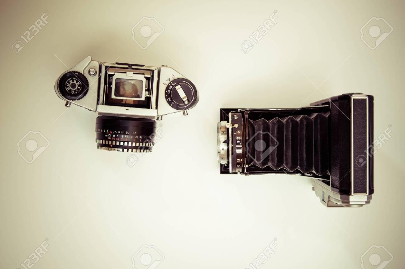 Analog camera Standard-Bild - 30153743