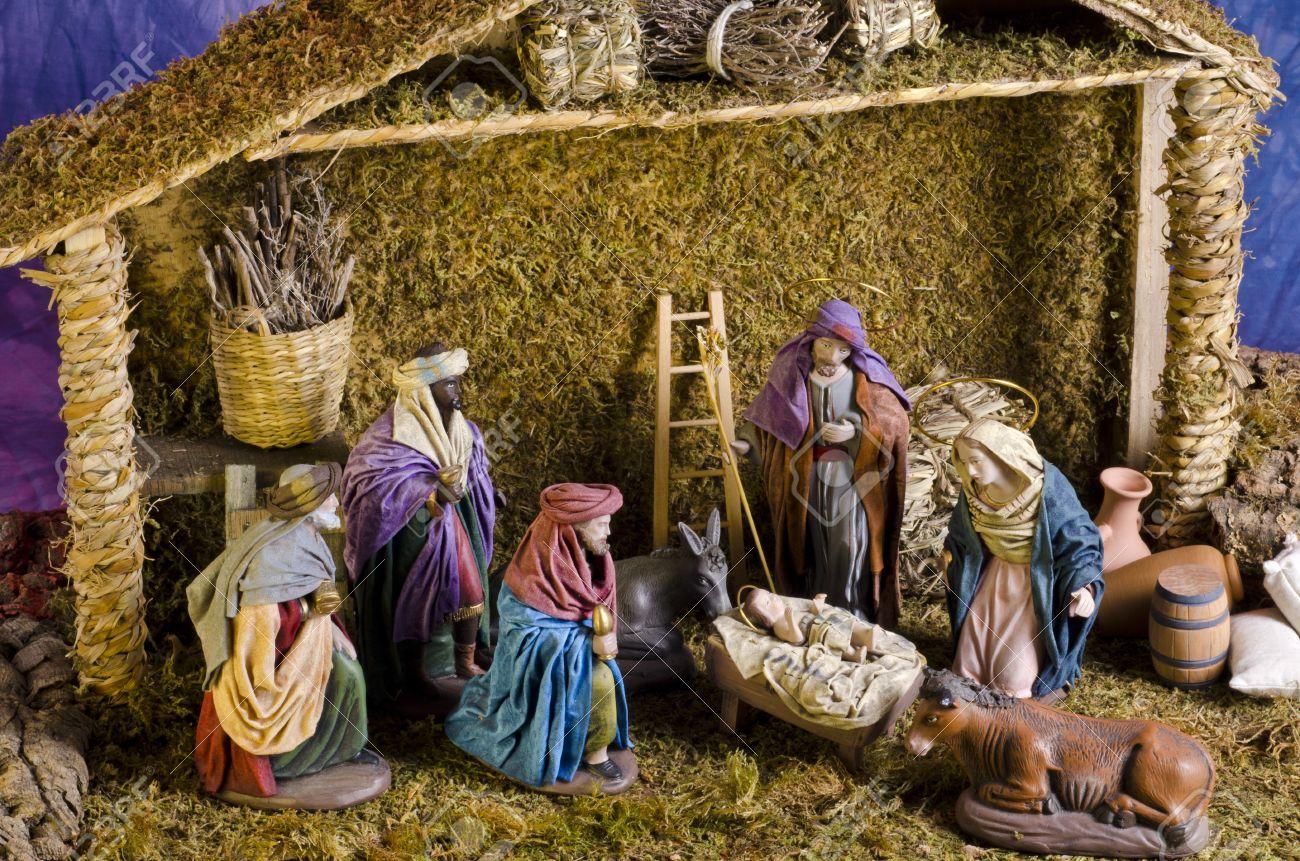 Fotos De El Pesebre De Jesus.Pesebre De Navidad Adoracion De Los Reyes Magos Nino Jesus En Primer Plano
