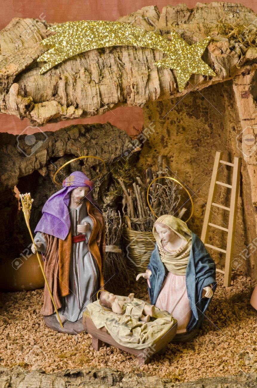 Immagini Di Natale Presepe.Presepe Di Natale Figure Di Gesu Bambino Vergine Maria E San Giuseppe