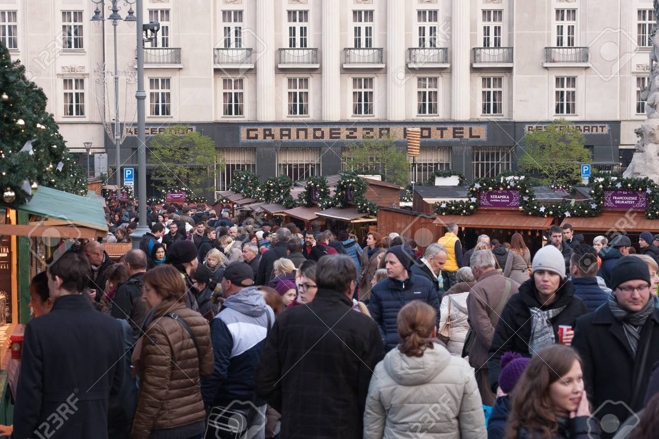 Brno Tsjechie November 26 2016 Mensen Surfen Op Marktkramen Op