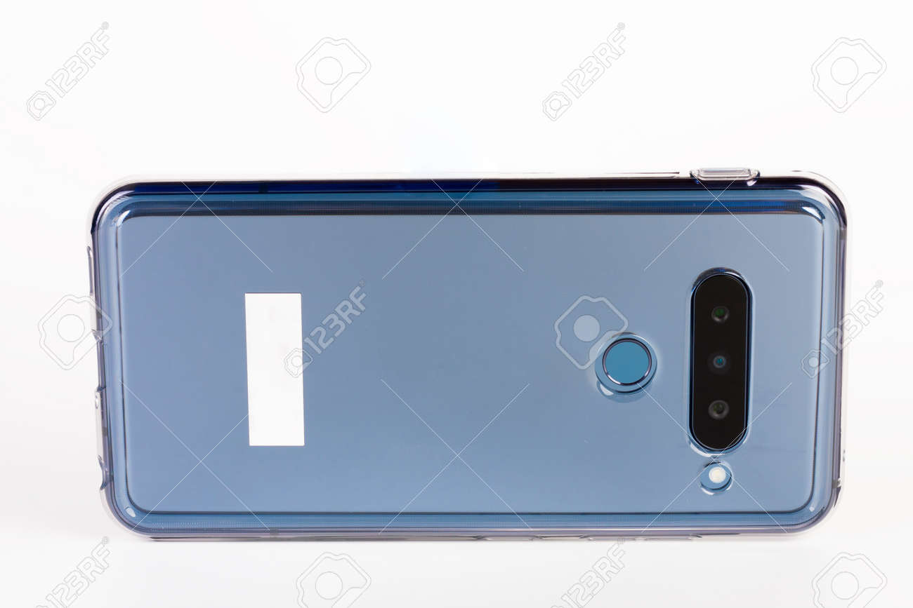 Touchscreen triple camera smartphone in silicone cover. - 162659769