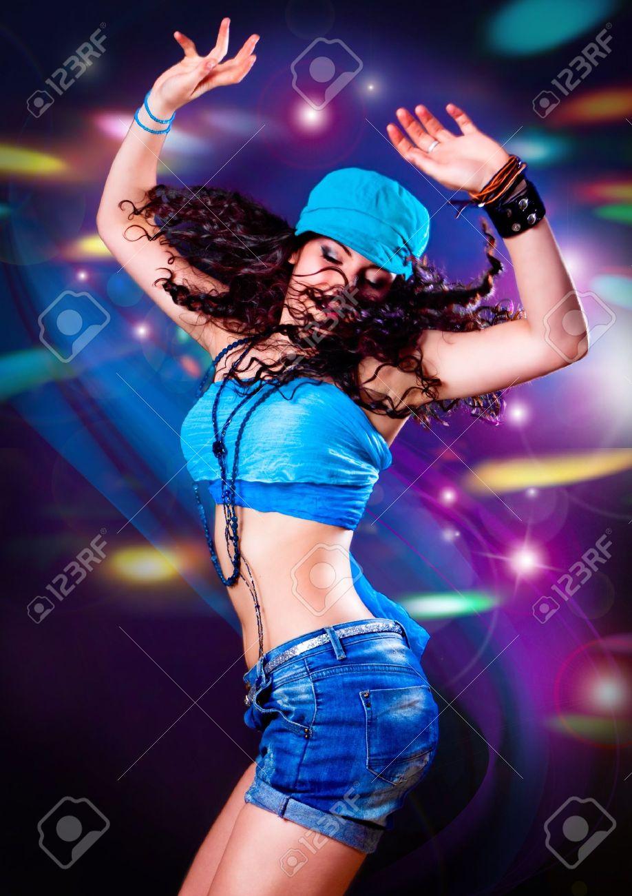 Фото женщин на дискотеке 10 фотография