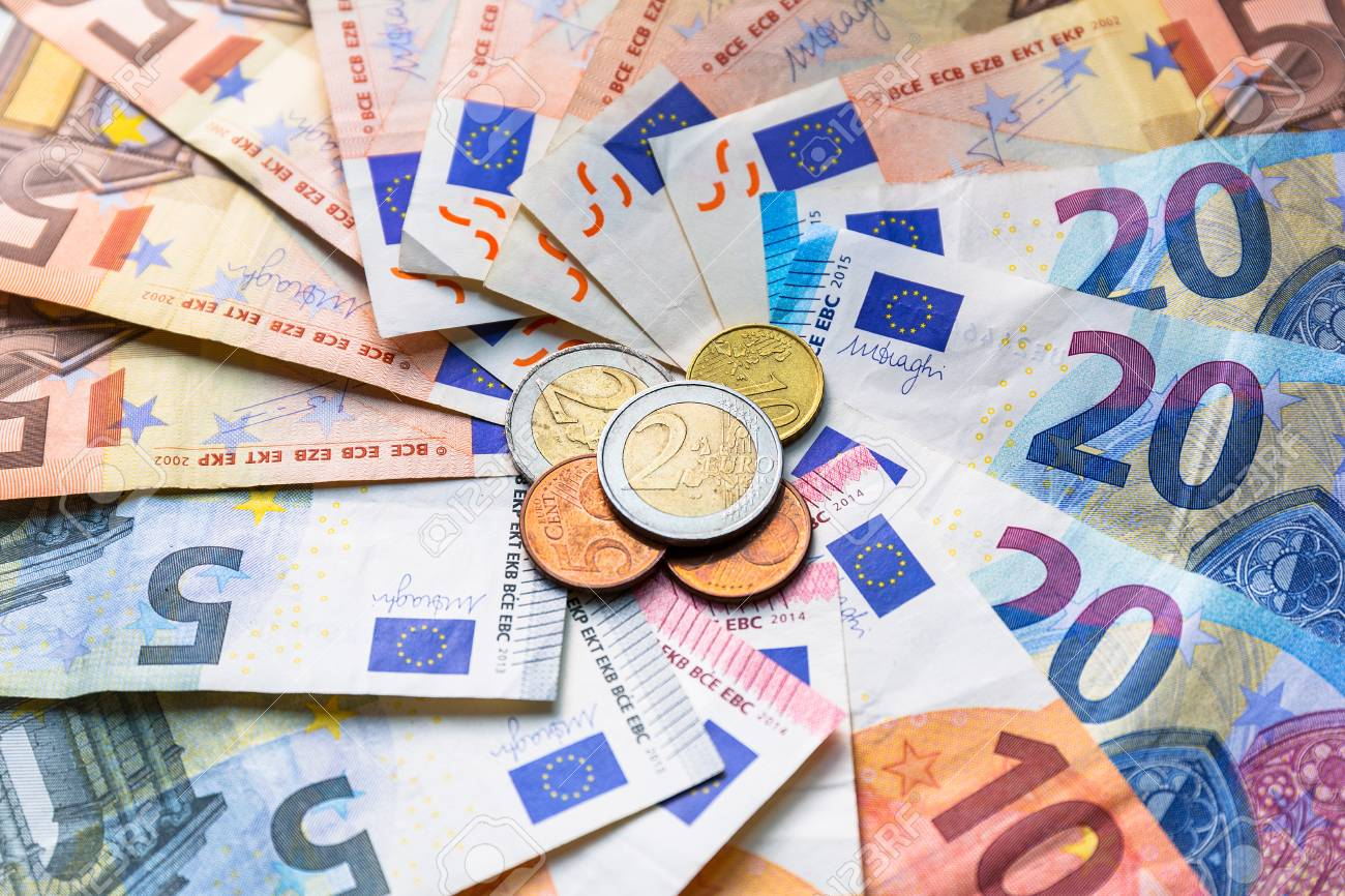 Euro money banknotes and coins Stock Photo - 75205959