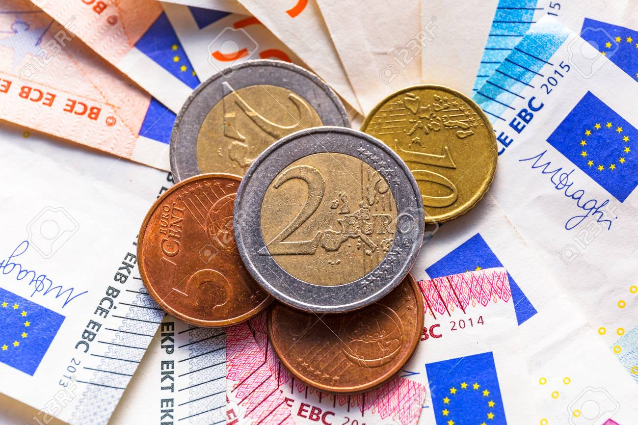 Euro money banknotes and coins Stock Photo - 75224871