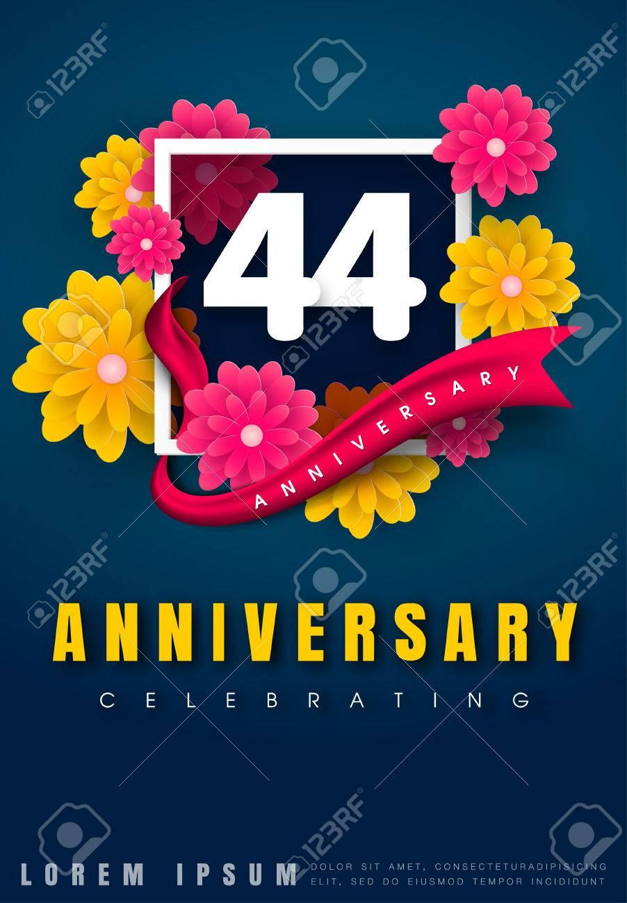 Carte D Invitation Anniversaire 44 Ans Conception De Modele De Celebration 44e Anniversaire Avec Des Fleurs Et Des Elements De Design Moderne Fond Bleu Fonce Illustration Vectorielle Clip Art Libres De