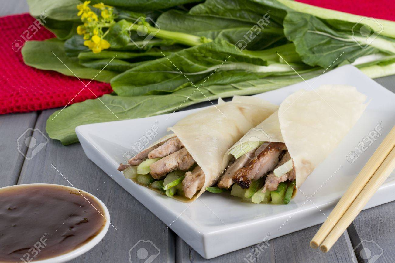 Peking Duck Peking Duck Chinese Peking Duck Wrapped In Pancakes With Cuber Spring