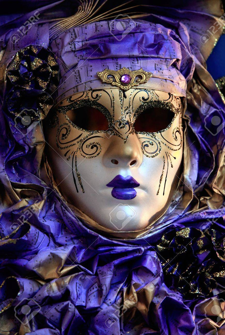 A woman's mask for the Venice Carnevale, which is held in the 10 days running up to lent Stock Photo - 8473771