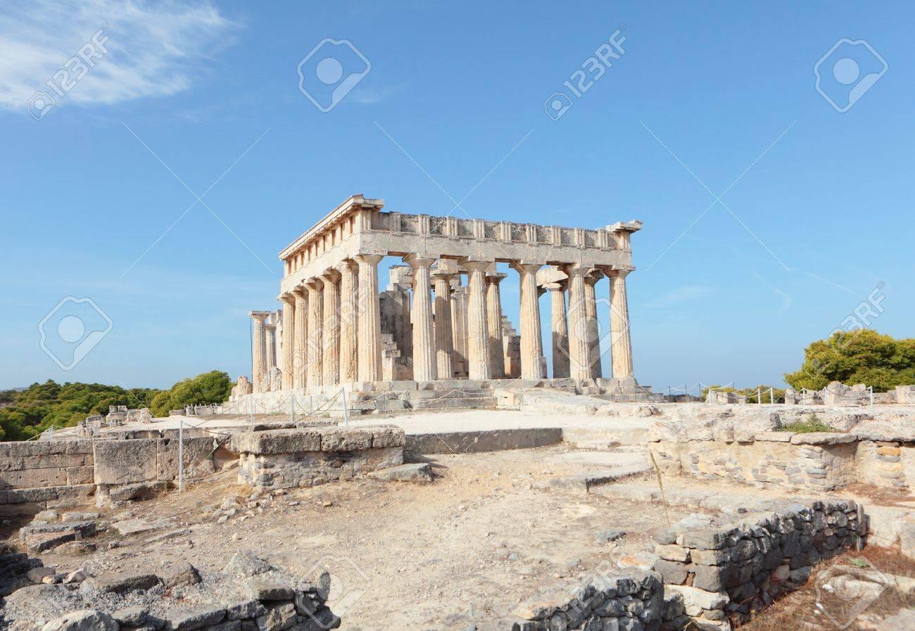 南のアテネ、サロニカ湾のアイギ...