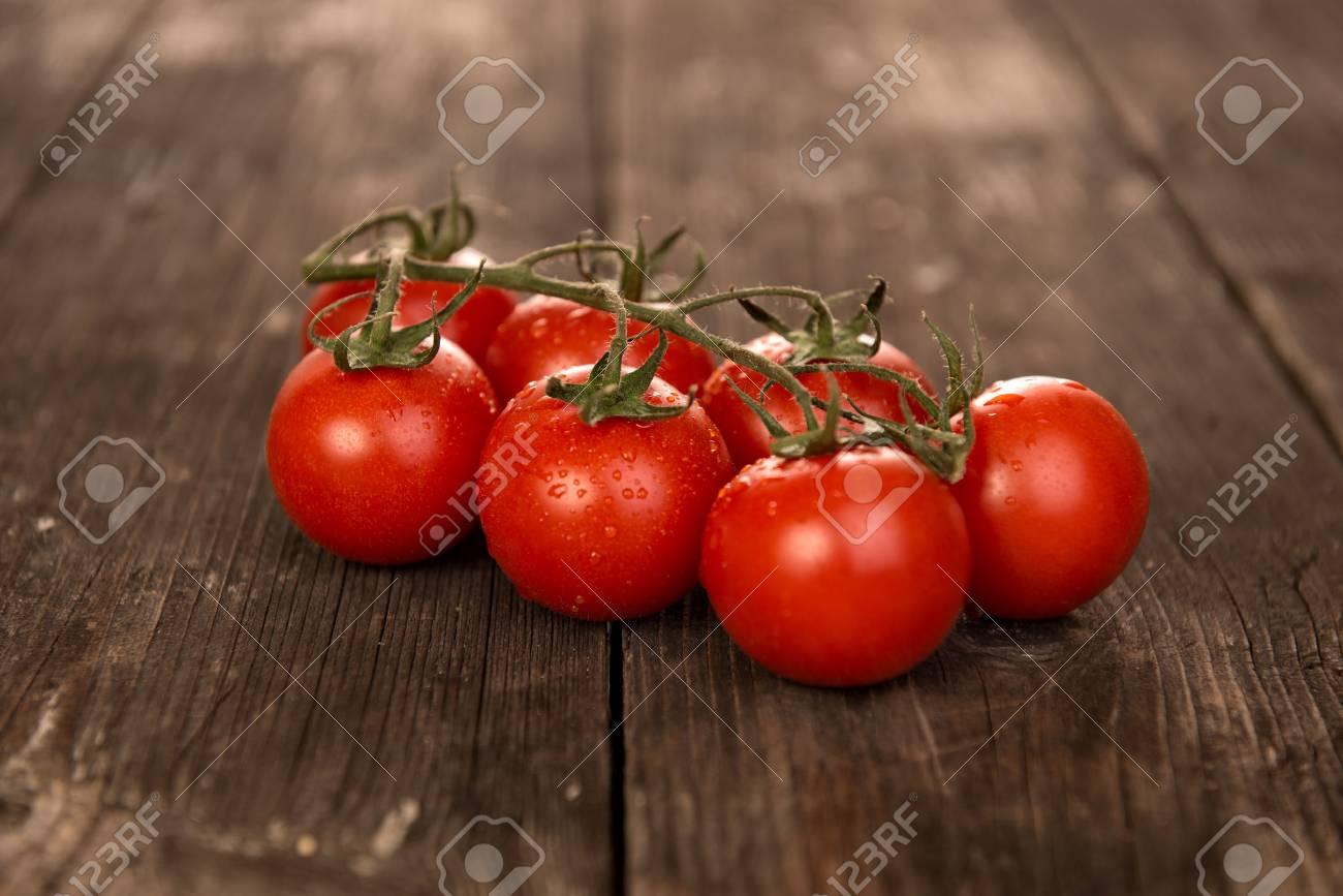 tomatoes - 52852873