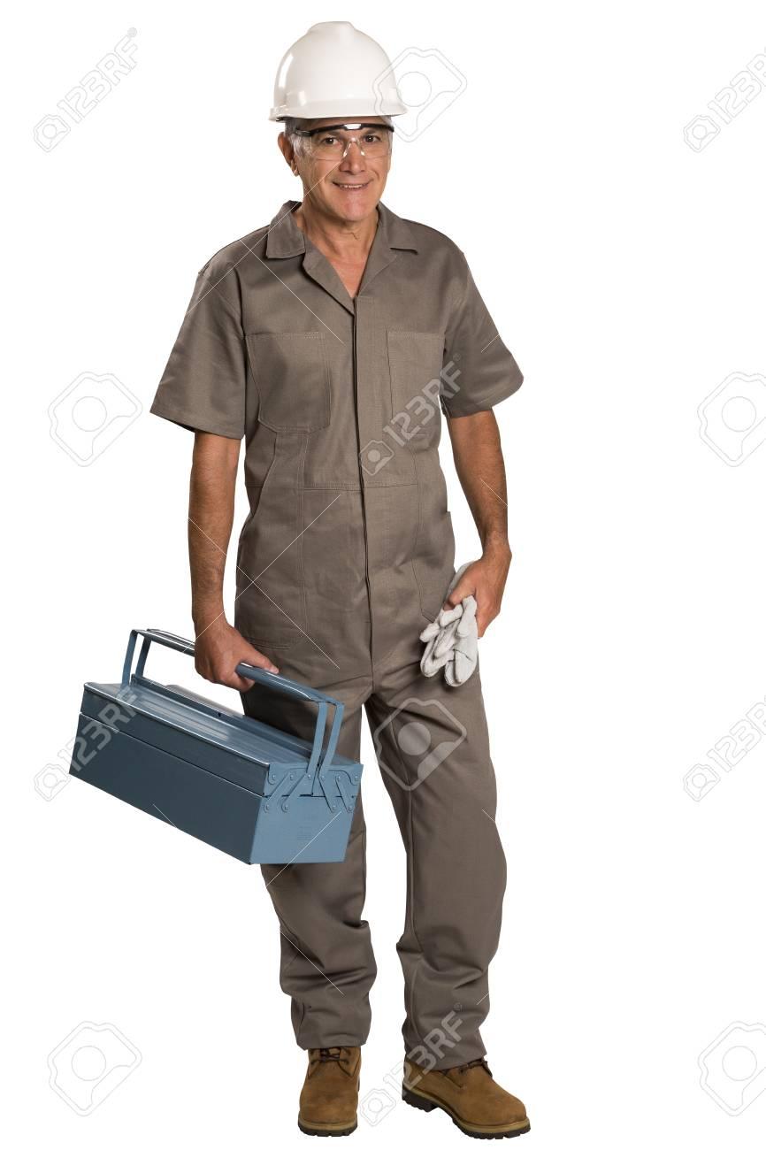 dd43421a9c9b Banque d images - Pleine longueur portrait de jeune travailleur de la  construction homme portant une ceinture d outils avec boîte à outils isolé  sur fond ...