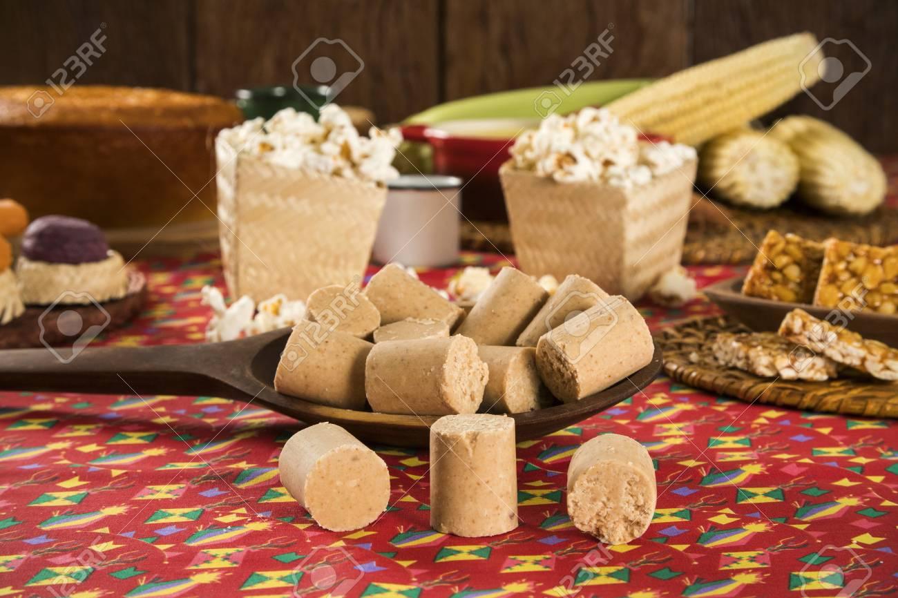 Brasilianische Dekoration pacoca - brasilianische süßigkeit der grunderdnuß der festa festa