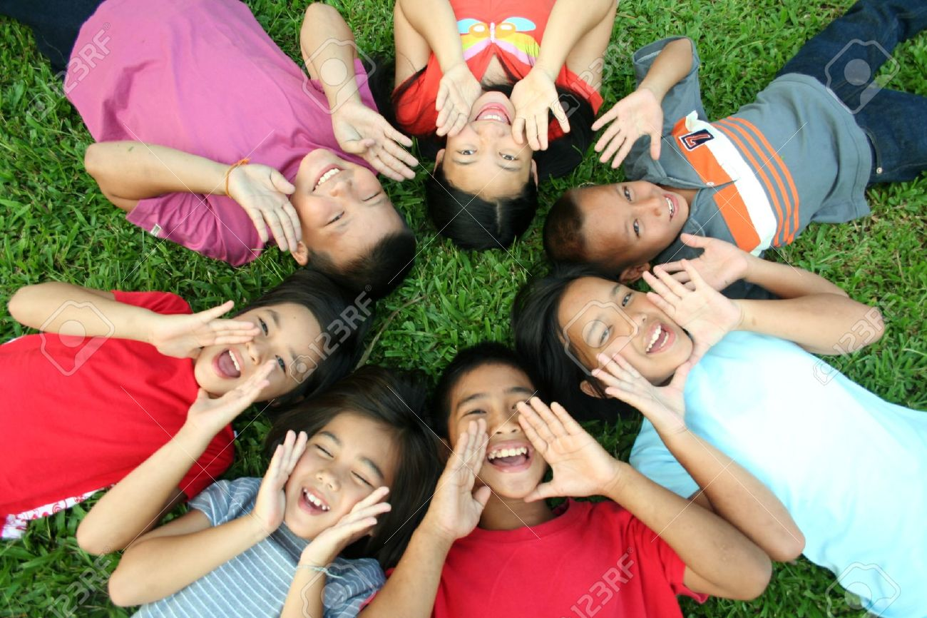 Seven children playing in the park. Stock Photo - 9161758